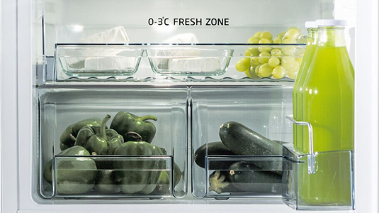 Amica integrated fridge freezers